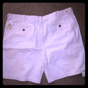 "2 pairs of NWT IZOD Men's shorts sz 44"" waist"